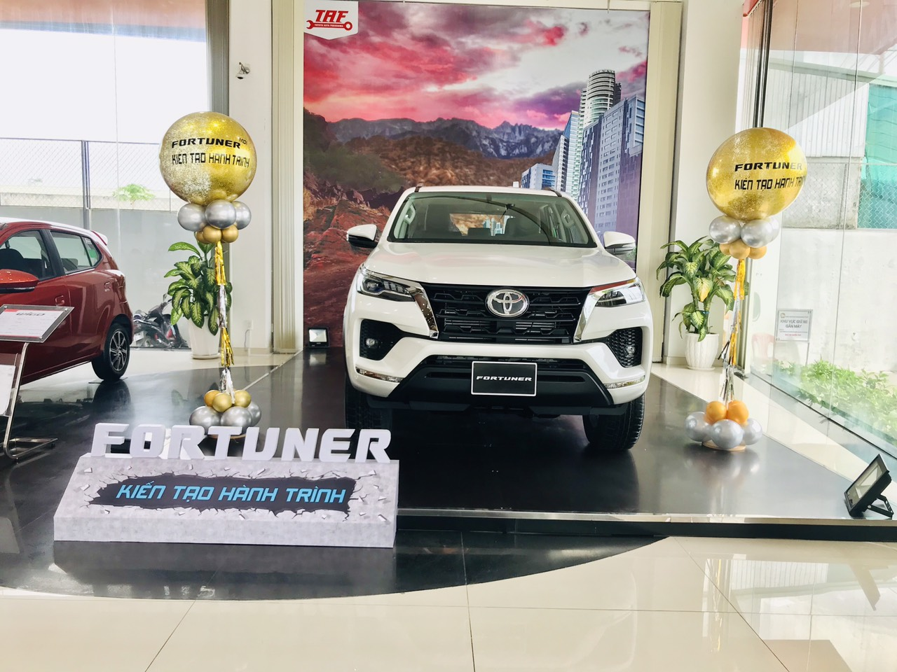 Tổng thể Fortuner