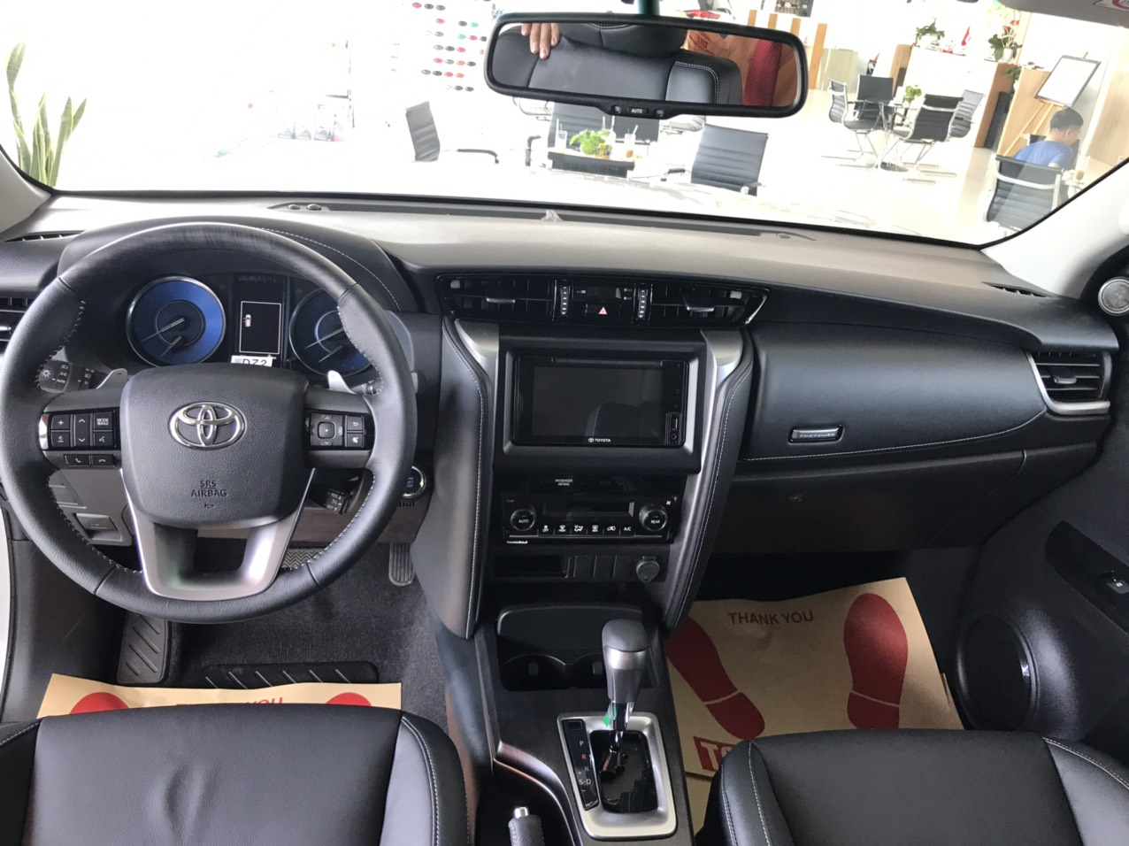 Nội thất Fortuner AT